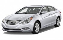 2014 Hyundai Sonata 4-door Sedan 2.4L Auto Limited Angular Front Exterior View