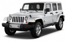 2014 Jeep Wrangler Unlimited 4WD 4-door Sahara Angular Front Exterior View