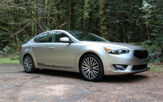 2014 Kia Cadenza Video Road Test