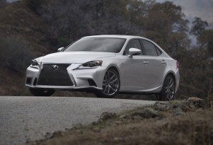 Lexus Leads Luxury Brands In Customer Service, Again