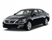 2014 Nissan Altima 4-door Sedan I4 2.5 SL Angular Front Exterior View