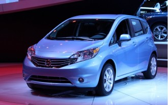 2014 nissan versa note first drive. Black Bedroom Furniture Sets. Home Design Ideas