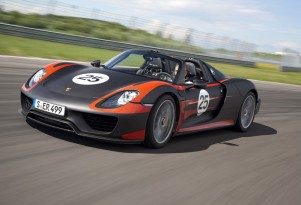 2014 Porsche 918 Spyder production-spec prototype