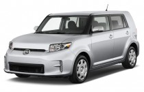 2014 Scion xB 5dr Wagon Auto (Natl) Angular Front Exterior View