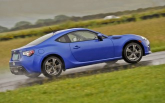2014 Subaru BRZ, Scion FR-S: Good, Safe Fun With Five-Star Safety