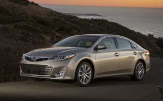 2013-2015 Toyota Avalon, Avalon Hybrid, Lexus ES300h, ES350 Recalled To Fix Auto-Braking Problem