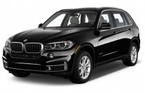 2015 BMW X5 AWD 4-door xDrive35d Angular Front Exterior View