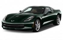 2015 Chevrolet Corvette 2-door Stingray Coupe w/2LT Angular Front Exterior View