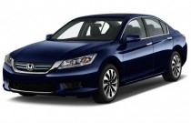 2015 Honda Accord Hybrid 4-door Sedan Angular Front Exterior View