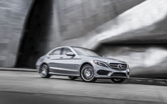 2015 Mercedes-Benz C-Class Crash Tests: U.S. Agencies Weigh In