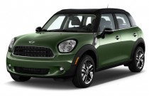 2015 MINI Cooper Countryman FWD 4-door Angular Front Exterior View