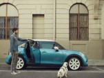 2015 MINI Cooper five-door ad screencap