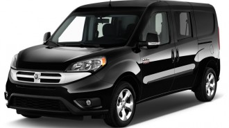 2015 Ram ProMaster City Wagon 4-door Wagon SLT Angular Front Exterior View