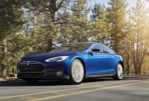 Tesla Model S Electric Car: Software Changes Since 2012 (UPDATED)