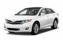 2015 Toyota Venza 4-door Wagon I4 FWD XLE (Natl) Angular Front Exterior View