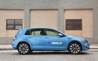Volkswagen To Unveil Electric Car With Nearly Mile Range