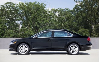 2015 VW Passat, 2015 Dodge Challenger, 2016 Cadillac CT6: What's New @ The Car Connection