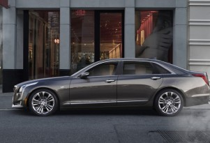 Cadillac CT6 Plug-In Hybrid: Big Battery, More Electric Range