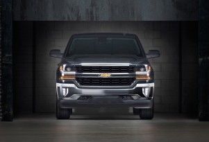 Chevy, GMC V-8 Pickups Get 20 MPG With $500 eAssist Mild Hybrid Option