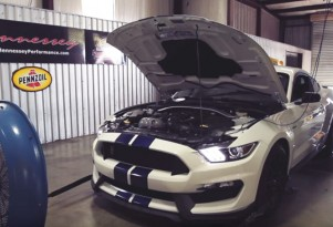 2016 Ford Mustang Shelby GT350 on a dyno