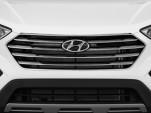 2016 Hyundai Santa Fe FWD 4-door Limited Grille
