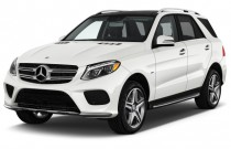 2016 Mercedes-Benz GLE Class 4MATIC 4-door GLE550e Angular Front Exterior View