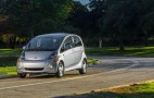 Cheap 2015 Nissan Leaf, Tesla drag racing, RI electric-car incentives: Today's Car News