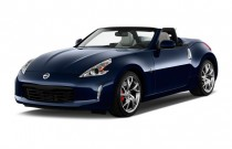 2016 Nissan 370Z 2-door Roadster Auto Angular Front Exterior View