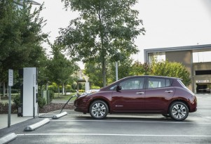 How Bad Was Nissan Dealer When Buyer Wanted A Leaf Electric Car? THAT Bad