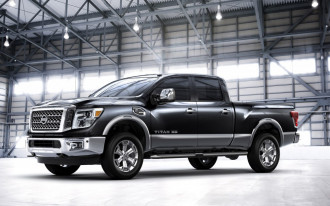 2016-2017 Nissan Titan Crew Cab and Titan XD Crew Cab recalled for seatbelt flaw