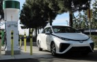 2016 Toyota Mirai Fuel-Cell Car At Los Angeles Auto Show (Video)