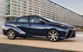 Toyota Wants To Slash Sticker Price Of 2016 Mirai Hydrogen Fuel Cell Vehicle