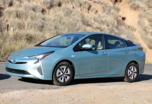 Green Car Reports 2016 Best Car To Buy Nominee: 2016 Toyota Prius