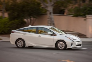 Low Gas Prices Lead To Lower 2016 Toyota Prius Global Sales Targets
