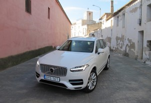 2016 Volvo XC90 T8 Plug-In Hybrid 'Twin Engine': First Drive