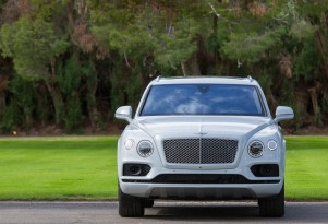 Bentley Bentayga plug-in hybrid SUV to debut in March at Geneva auto show