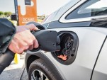 California's PG&E utility now offers $500 rebate for electric-car use