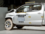 2017 Chevrolet Colorado in the IIHS crash test