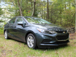 2017 Chevrolet Cruze Diesel: fuel economy review for automatic, manual versions