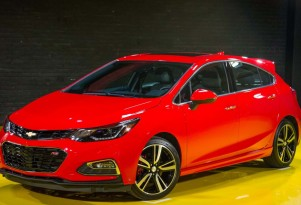 2017 Chevrolet Cruze Hatchback Detroit