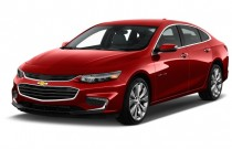 2017 Chevrolet Malibu 4-door Sedan Premier w/2LZ Angular Front Exterior View