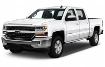 "2017 Chevrolet Silverado 1500 2WD Crew Cab 143.5"" LT w/1LT Angular Front Exterior View"