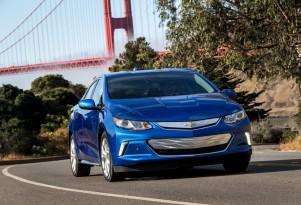 How GM plans to market Chevy Volt plug-in hybrid, Bolt EV electric car