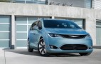 2017 Chrysler Pacifica Hybrid plug-in minivan: 33 miles of range, 84 MPGe EPA ratings