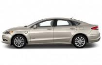 2017 Ford Fusion Energi SE Sedan Side Exterior View