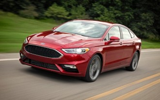 2017 Nissan Altima vs. 2017 Ford Fusion: Compare Cars