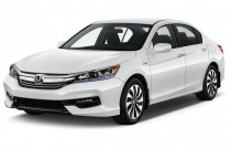 2017 Honda Accord Hybrid Sedan Angular Front Exterior View