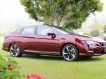 Clarity Fuel Cell driven, Bolt EV fast-charged, Trump vs CARB, electric watercraft: The Week in Reverse