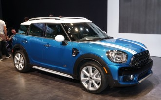2017 Mini Cooper Countryman pushes the compact envelope