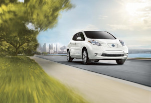 San Diego utility offers $10,000 off Nissan Leaf, BMW i3 electric cars